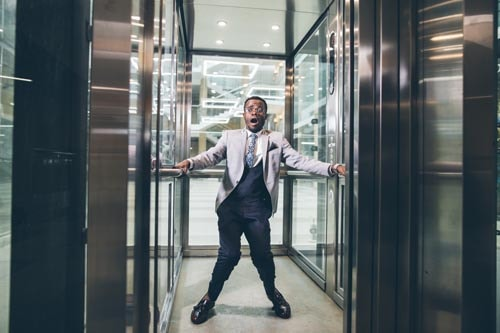 Blocco-ascensore-condominiale-sai-come-intervenire