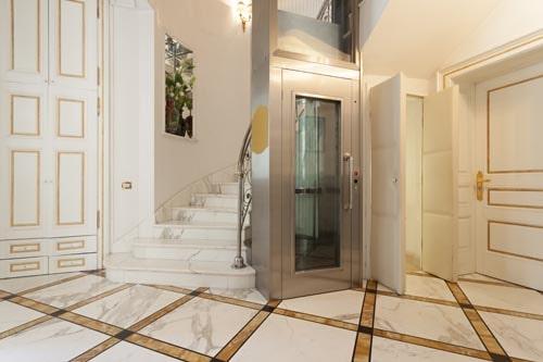 Mini ascensori interni per appartamenti ecco i vantaggi for Archi per interni appartamenti