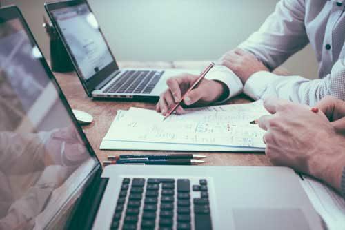 Sito web aziendale? Scopri Ascensoristi for Web