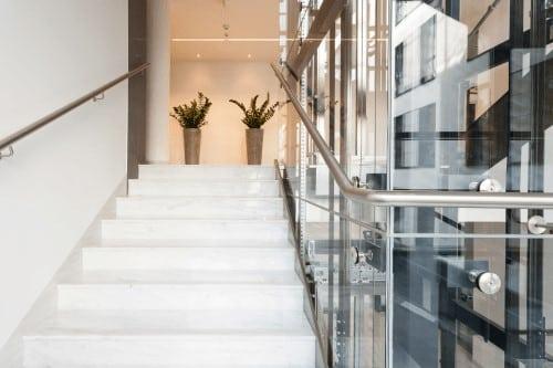 incastellatura metallica per ascensore in vetro interno