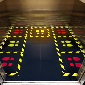 distanza di sicurezza in ascensore durante coronavirus