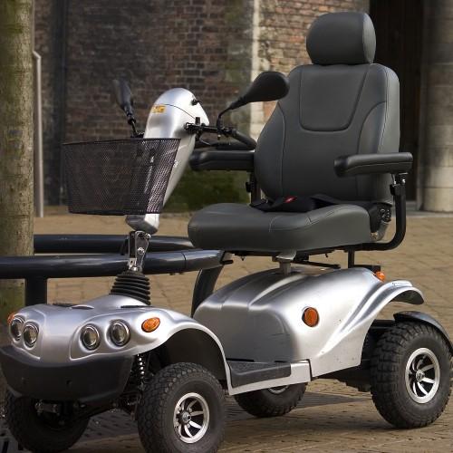 scooter elettrico per disabili grigio