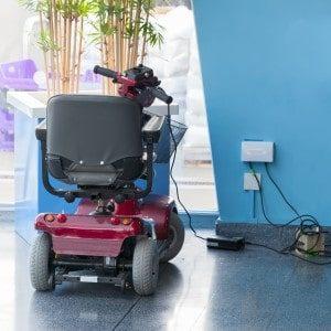 scooter elettrico ricarica